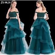 haljine - Ljudi (osobe) -