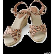 UR jujube ヒョウガラクロスエスパ - Sandals - ¥11,340  ~ $100.76