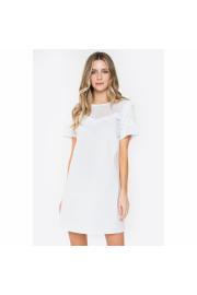 Angel Shift Dress - Passarela - $45.00  ~ 33.98€
