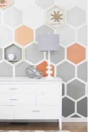 DIY Ombre Hexagon Wall - Thistlewood Far - ファッションショー -
