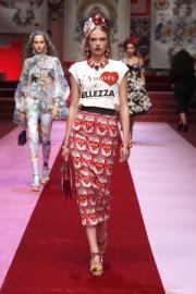 Dolce&Gabbana Summer 2018 - Catwalk -