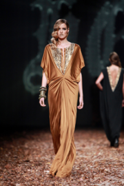 Hippy Garden Dramatic Elegance - Catwalk -