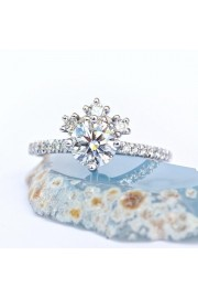 Unique Diamond Engagement Ring, Tiara Un - My photos -