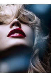 žena s crvenim usnama - Mis fotografías -