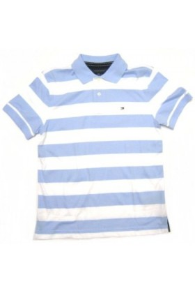 This striped T-shirt is made from soft, comfortable cotton. A short-sleeved style, it has a round neckline and a fake patch pocket at the front.